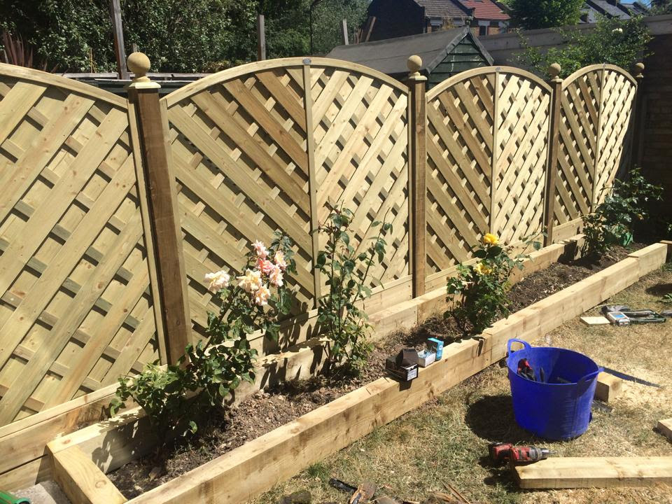 Deluxe Fence Panels